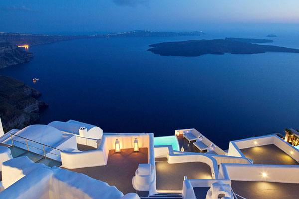 Katikies Hotel In The Village Of Oia Santorini